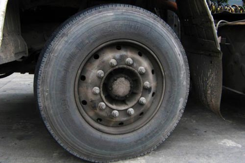 真空轮胎能装内胎吗-电动车真空轮胎加装内胎好吗